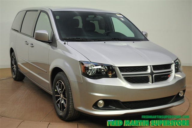 new 2016 dodge grand caravan r t 4d wagon in barberton 1t163004 fred martin superstore. Black Bedroom Furniture Sets. Home Design Ideas